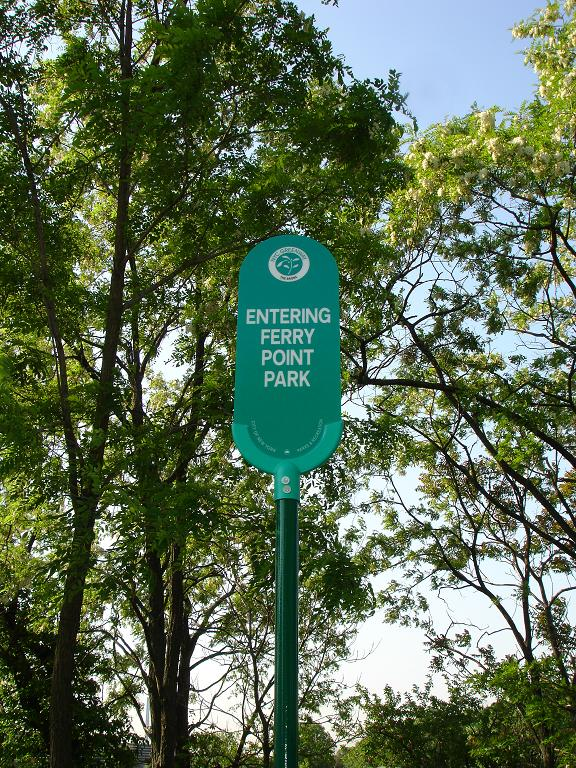 ok_West_Greenway_Sign.JPG